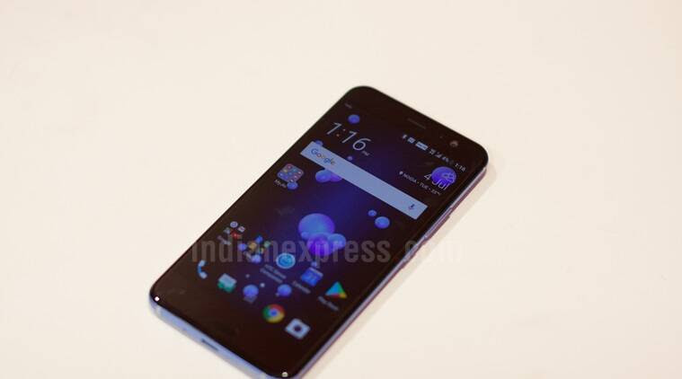 HTC U11 review, HTC, HTC U11 price in India, HTC U11 features, HTC U11 India price
