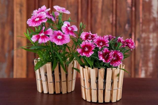 Arranjos de Flores para Mesa com prendedores de roupa