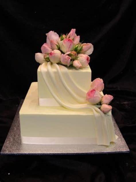 1000  ideas about 2 Tier Wedding Cakes on Pinterest   Tier