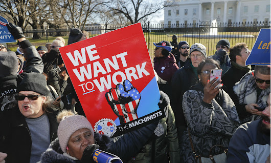 9,000 Furloughed Federal Employees in D.C. Area File Unemployment Claims