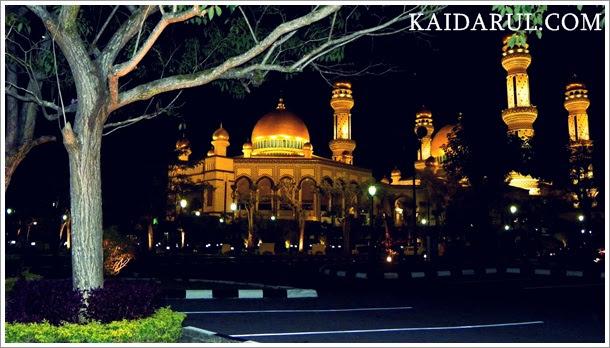 Jame'asr Hassanil Bolkiah Mosque, Kiulap, Brunei