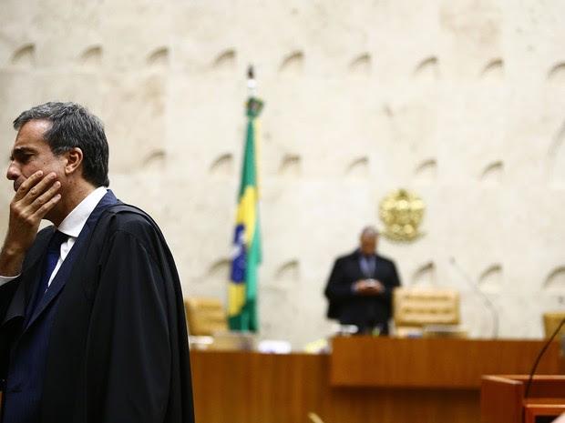 José Eduardo Cardozo no julgamento no STF, Supremo (Foto: Wilton Junior/Estadão Conteúdo)
