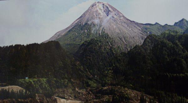 Ini Sejarah Letusan Gunung Merapi