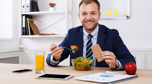 4 Things to Do at Work to Be Healthier