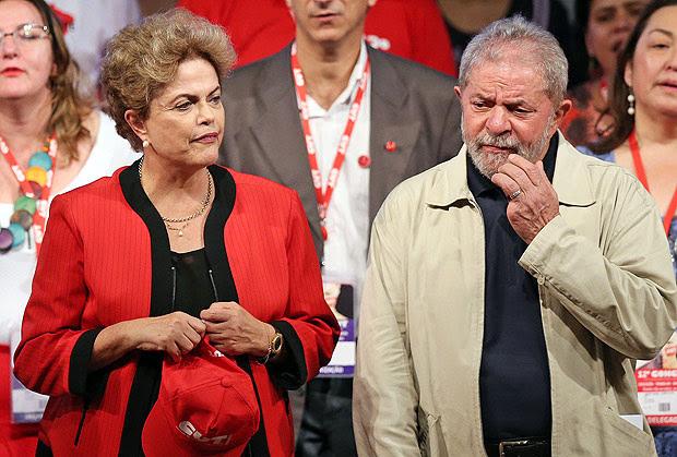 A presidente Dilma Rousseff e Luiz Inácio Lula da Silva durante congresso da CUT em São Paulo