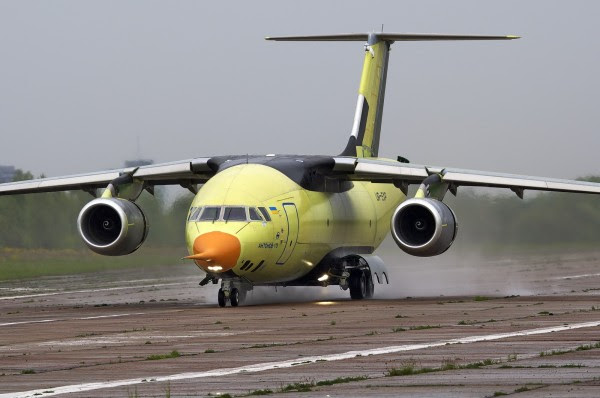 Primer vuelo del AN-178 (Foto: Oleg V. Belyakov)