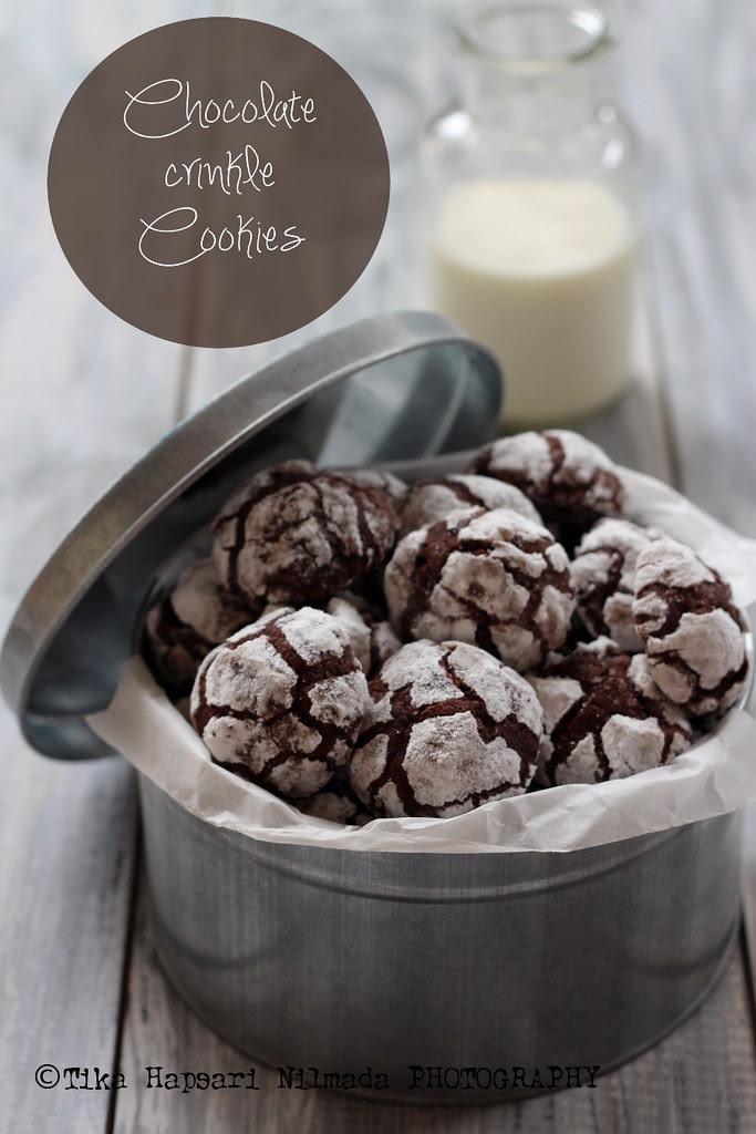 (Homemade) - Chocolate crinkle cookies