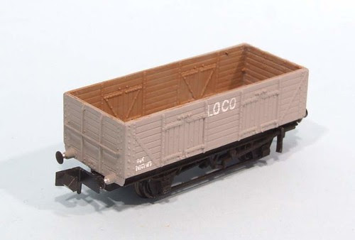 N gauge wagon
