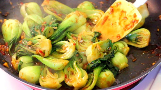 Baby Bok Choy Recipe with Quick and Easy Sauce -