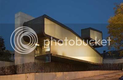 Clip House 1