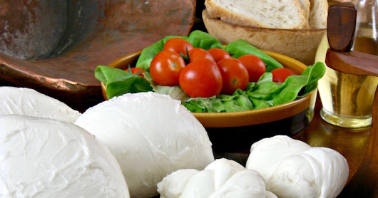 The Secrets of the Italian Mozzarella  - another cheesy story!