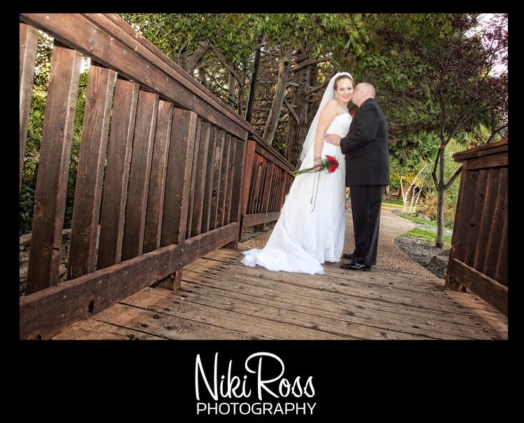 bride-groom-onbridge