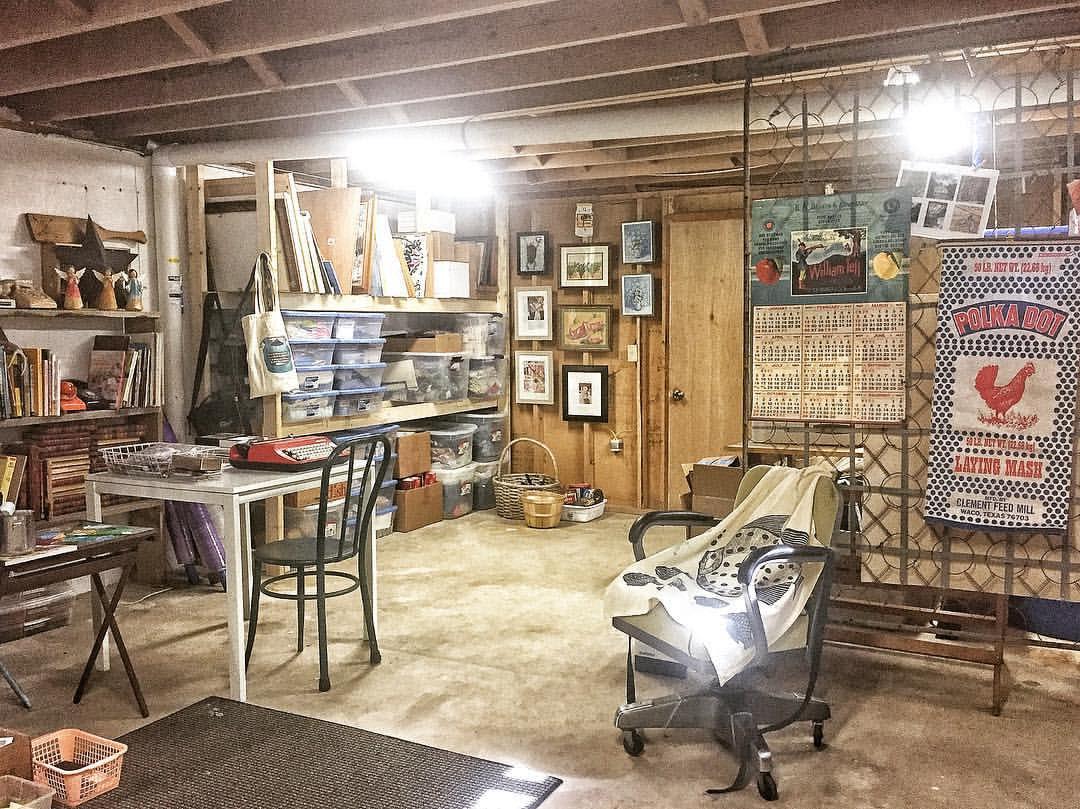 Creating an Art Studio - Basement Art Studio ...