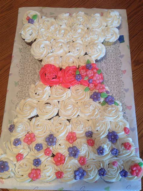 Pull apart cupcake dress   Pull Apart Cakes   Pinterest