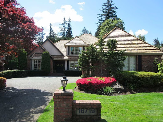 A+ Review on Cedar Shake Roof Project In Bellevue | Valentine Roofing
