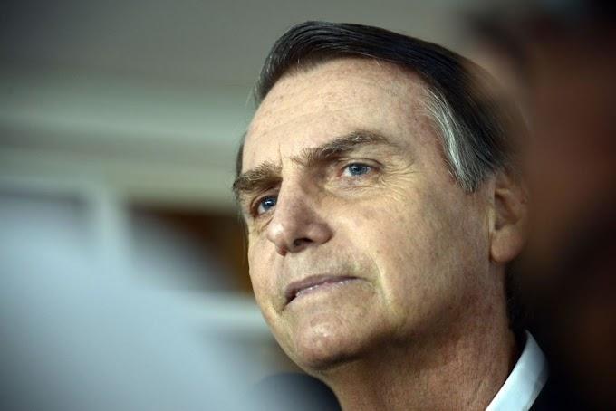 Bolsonaro diz que vai conversar com Temer para tentar aprovar 'parte' da reforma da Previdência