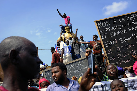 Central African Republic bans text messages amid violence, protests