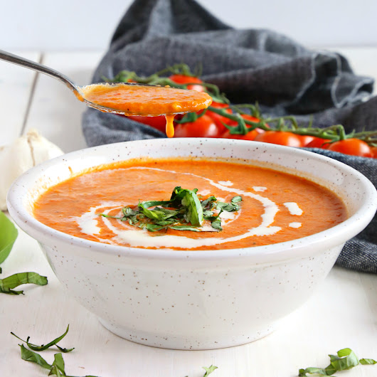 Easy Homemade Roasted Tomato Soup {Healthy Vegan Recipe!} - The Busy Baker