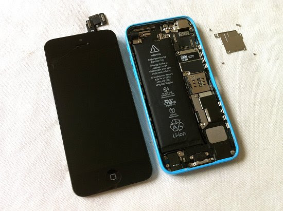 iPhone 5C disassembly stage 8