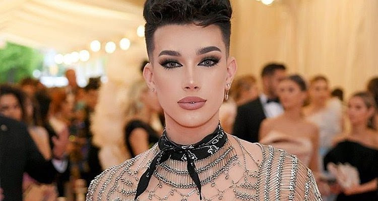 James Charles Accused Of Manipulating People S Sexuality Attitude Co Uk
