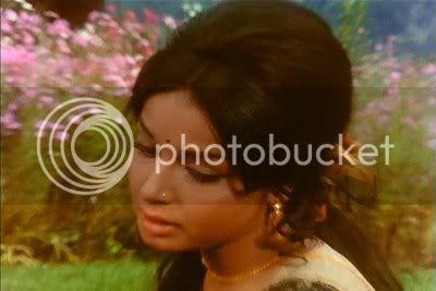 http://i298.photobucket.com/albums/mm253/blogspot_images/Sharmeelee/PDVD_017.jpg