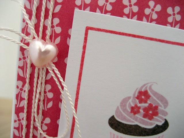 Heart detail cupcake card