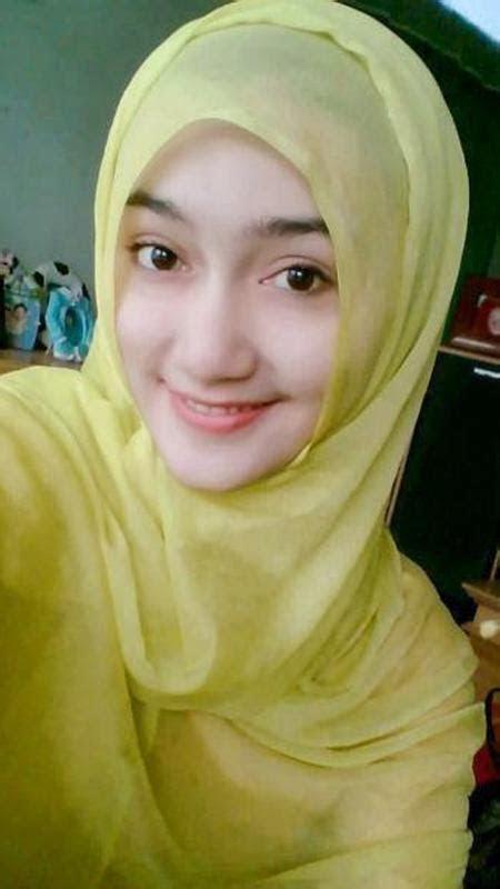 cewek jilbab cantik  android apk