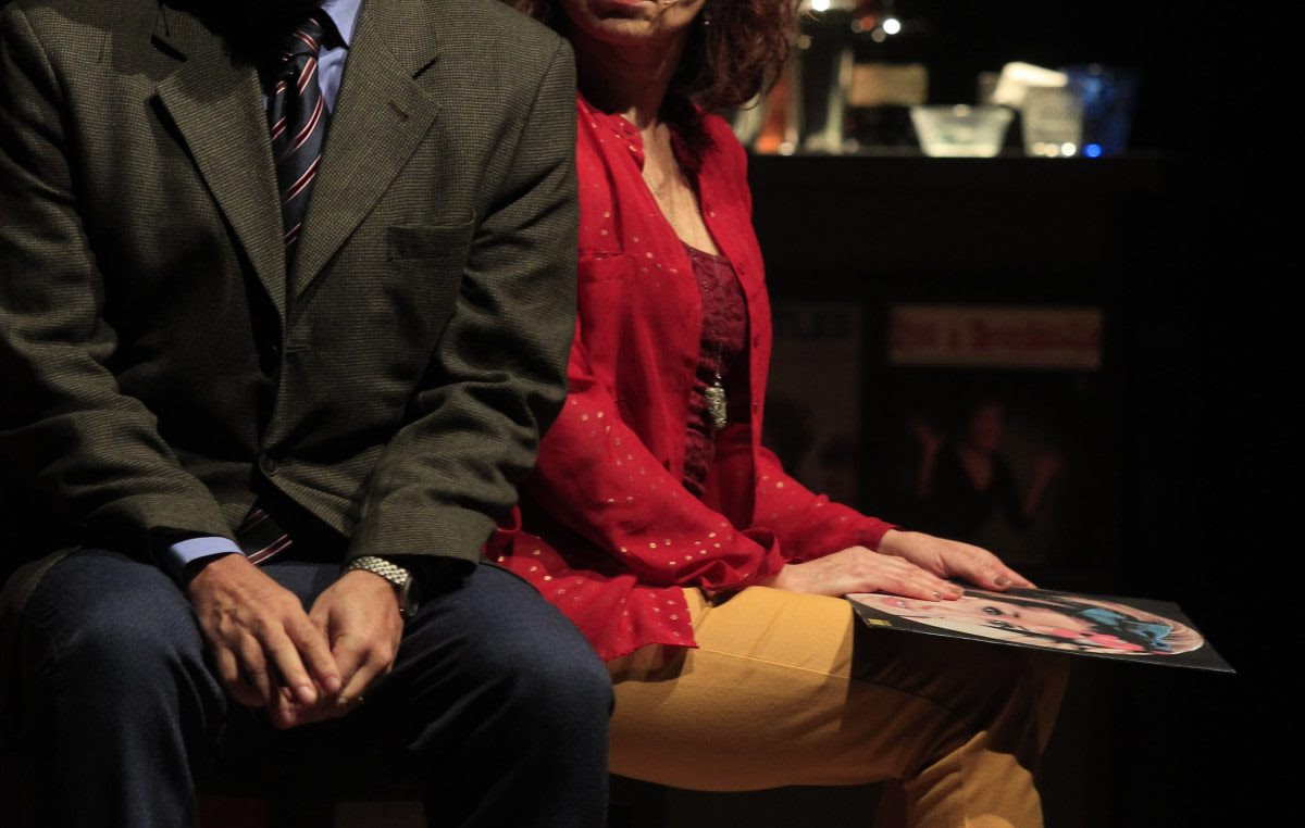"""Agenda Cultural: Françoise Forton na Comédia Musical """"Um Amor de Vinil"""" no Teatro Municipal"""