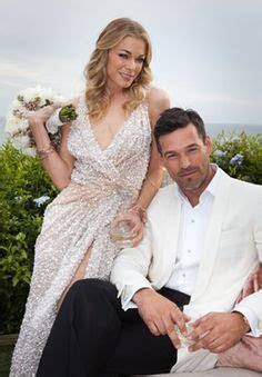 1000  images about Celebrities in Reem Acra Wedding Gowns