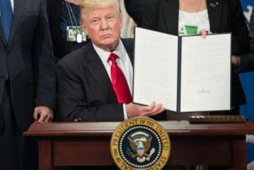 Muro na fronteira EUA-México deve ficar pronto em dois anos
