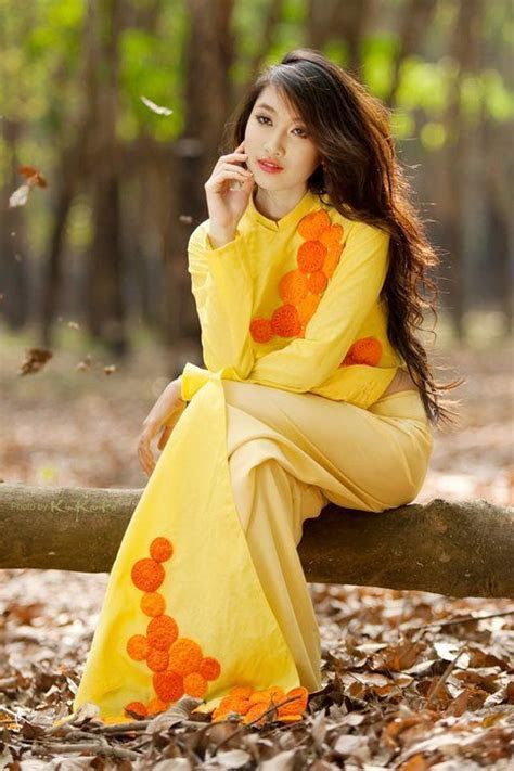 17  images about Ao dai on Pinterest   Bikini models