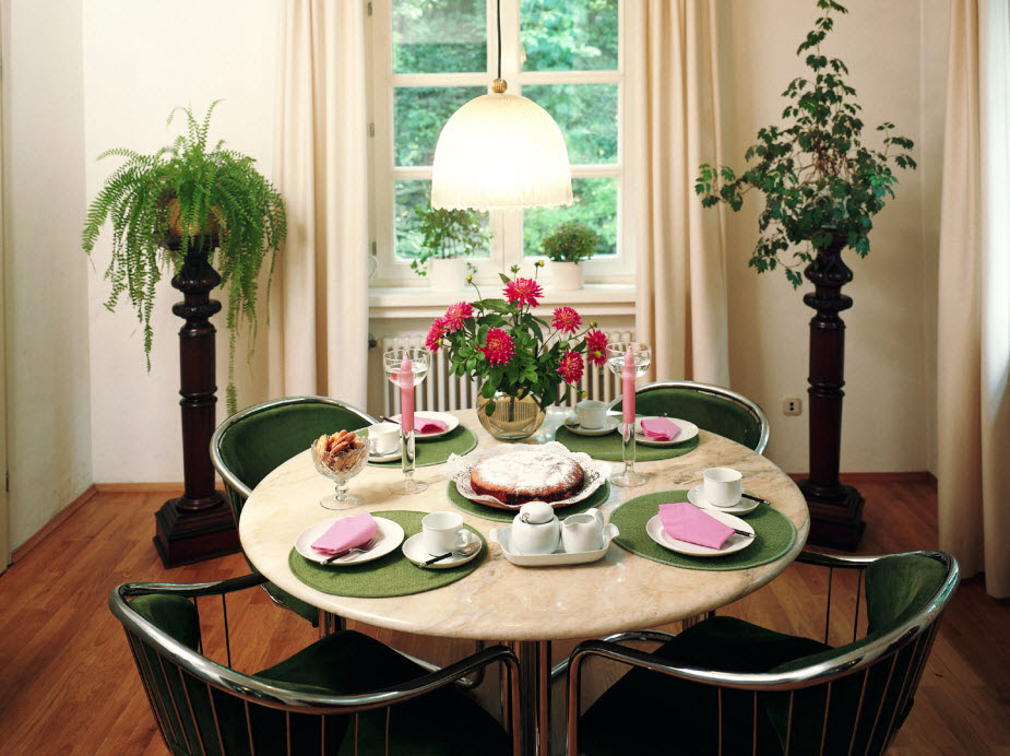 How To Decor Dining Table Interior Design Ideas