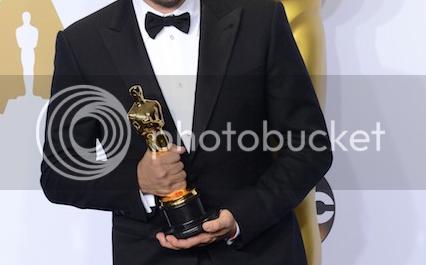 photo Dicaprio Oscar2.png