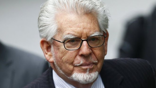 Rolf Harris 'slipped his hand up 14-year-old's skirt', court is told - World Justice News