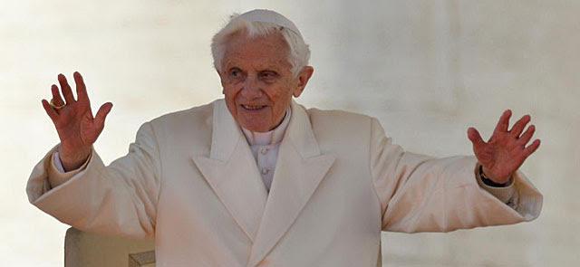 El Papa se despide en la Plaza San Pedro