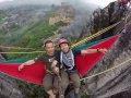 Wisata Ekstrim Bermain Ayunan di Tebing Masigit Padalarang