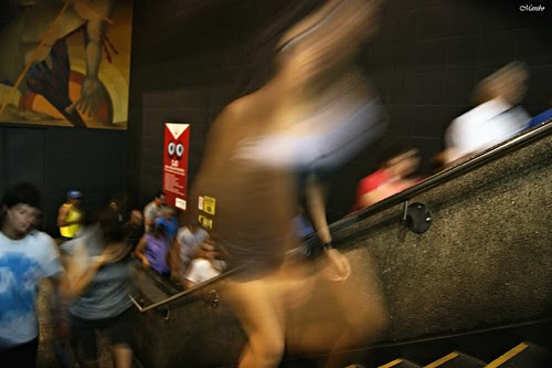 Angelito en el metro by Alejandro Bonilla