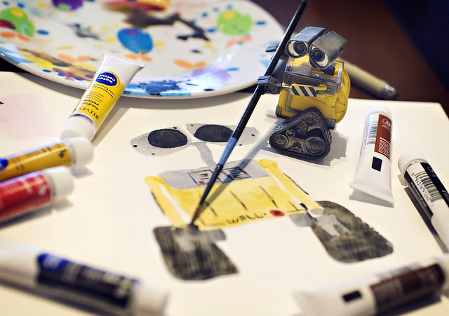 Wall-e Paints a Self Portrait