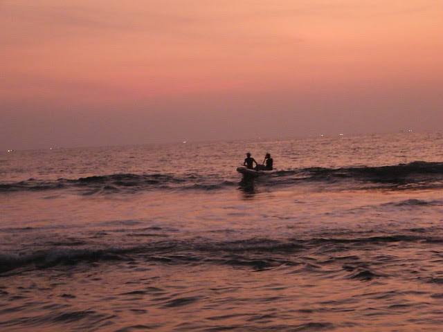 fishermen at varkala beach, Kerala
