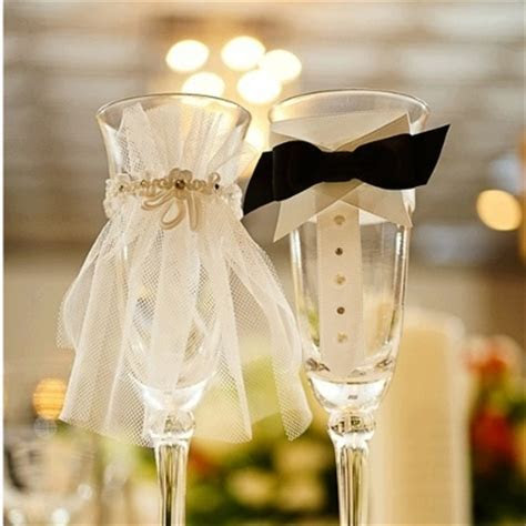 DIY Hubby and Wife Champagne Flutes for Toasts   eWedding
