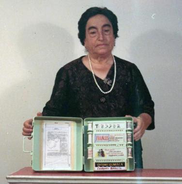 Dona-Angelita-la-inventora-gallega-del-libro-electronico_wikipedia