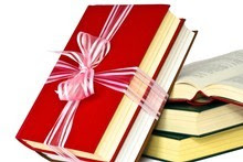 Books with a travel theme - whether practical, beautiful, inspirational or just a good read - make a great Christmas gift. Photo / Thinkstock