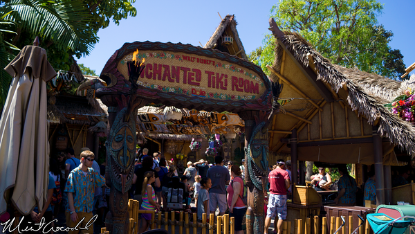 Disneyland Resort, Disneyland, Enchanted Tiki Room, Hot, Heat, Crowd