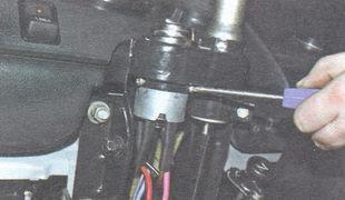 статья про Замена вала рулевого управления на автомобиле ВАЗ 2106