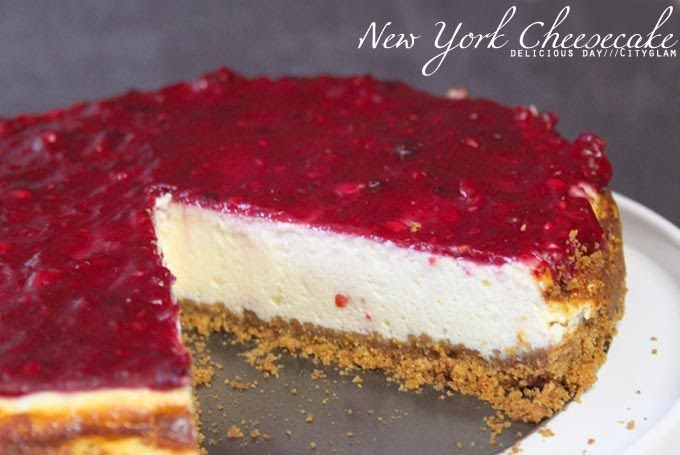 what ina loves delicious day new york cheesecake. Black Bedroom Furniture Sets. Home Design Ideas