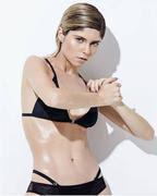 julianne trevisol sexy