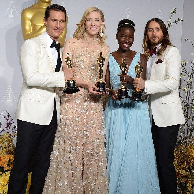2014 Oscars photo article-2571728-1BFC650800000578-424_634x765.jpg