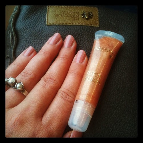 unconsciously matching nailpolish and lipgloss. that kind of day.