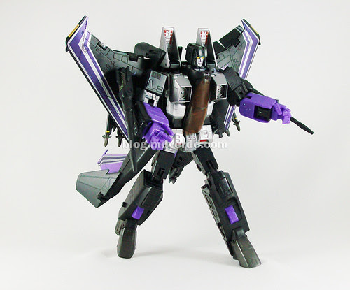 Transformers Skywarp Masterpiece Universe - modo robot