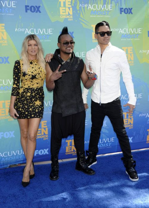 starfxcks:  The Black Eyed Peas @ Teen Choice Awards 2011